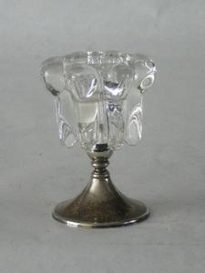 3036  Vintage glazen kandelaar met verzilverde voet